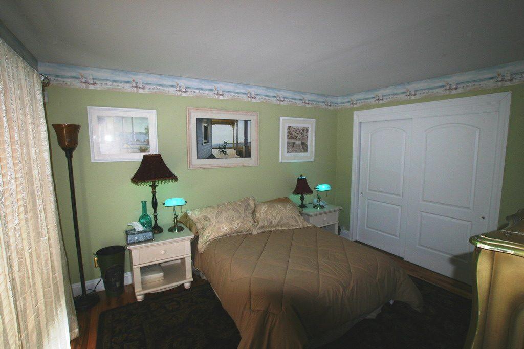 Bedroom Blackwatch 4